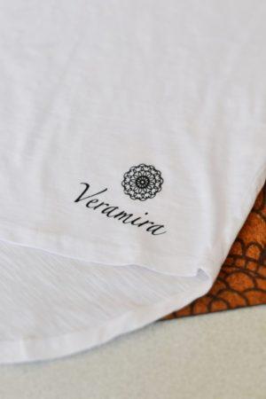 Bílé bavlněné tričko