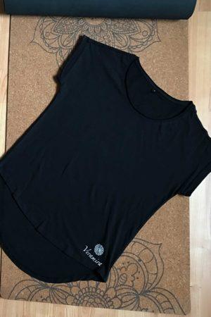 Černé bavlněné tričko